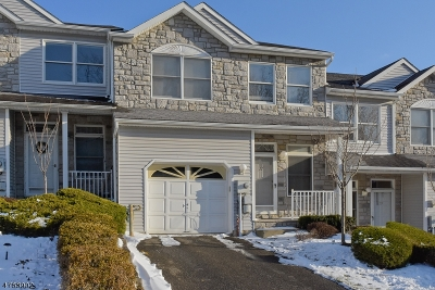 Parsippany-Troy Hills Twp. Condo/Townhouse For Sale: 27 Pinfold Ct