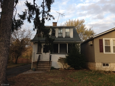 Little Falls Twp. NJ Single Family Home For Sale: $171,600