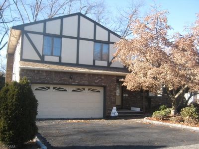 Nutley Twp. Single Family Home For Sale: 81 Hastings Ave