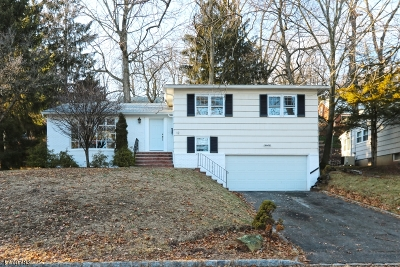 West Orange Twp. Single Family Home For Sale: 12 N Koewing Pl