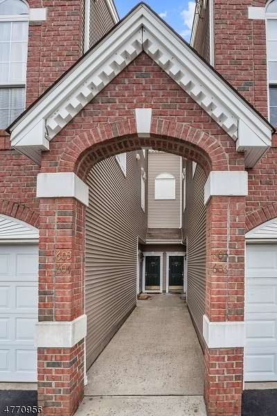 Union Twp. NJ Condo/Townhouse For Sale: $324,900