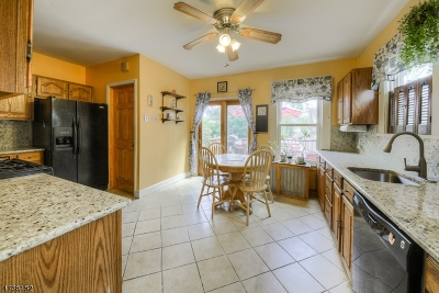 Maplewood Twp. Single Family Home For Sale: 97 Hilton Ave