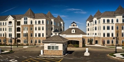 West Orange Twp. Condo/Townhouse For Sale: 212 Metzger Dr