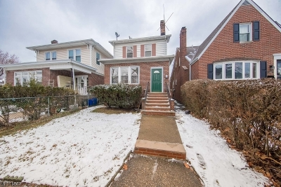 Bloomfield Twp. Single Family Home For Sale: 110 N 16th St
