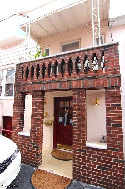 Belleville Twp. Condo/Townhouse For Sale: 75 Florence Ave, Unit 3r #3R