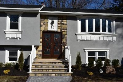 Clark Twp. Single Family Home For Sale: 17 Largo Ln