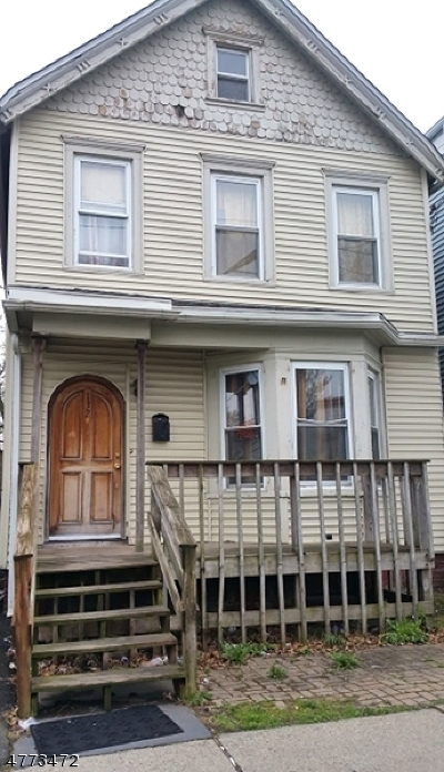 North Newark Single Family Home For Sale: 132 Verona Ave