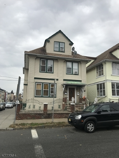 Passaic City Multi Family Home For Sale: 119 Quincy St