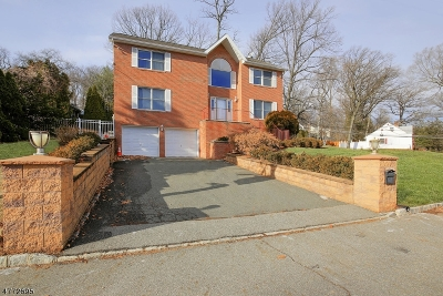 West Orange Twp. Single Family Home For Sale: 1 Beaumont Ter