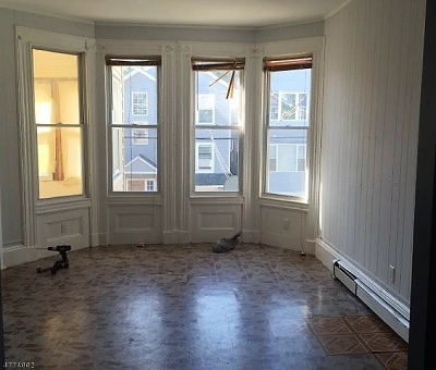 Paterson City Multi Family Home For Sale: 131 Godwin Ave