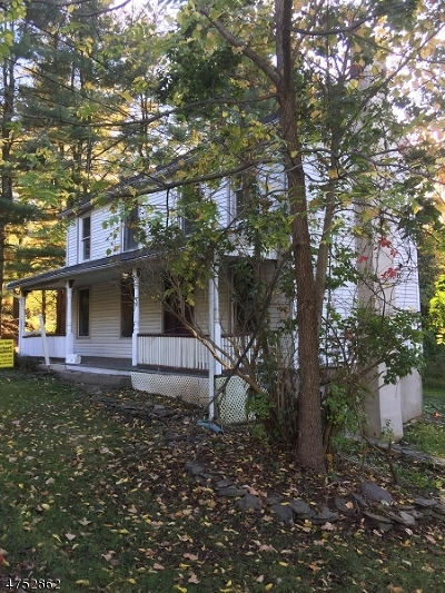 Glen Gardner Boro, Hampton Boro, Lebanon Twp. Single Family Home For Sale: 3 Lackawanna St