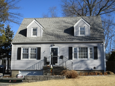Bloomfield Twp. Single Family Home For Sale: 179 Sadler Rd