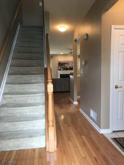 Nutley Twp. Condo/Townhouse For Sale: 525 Coventry Dr