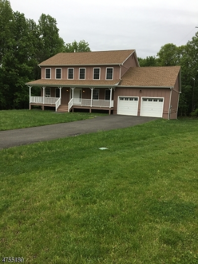 Berkeley Heights Single Family Home Active Under Contract: 9 Lillian Ct