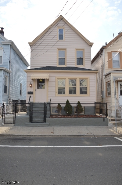 Clifton City Single Family Home For Sale: 23 Center St