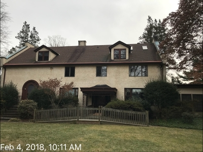 Mountainside Boro Single Family Home For Sale: 600 Sherwood Pkwy