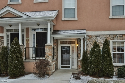 Clifton City Condo/Townhouse For Sale: 157 George Russell Way