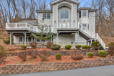 Montville Twp. Single Family Home For Sale: 74 Two Bridges Rd