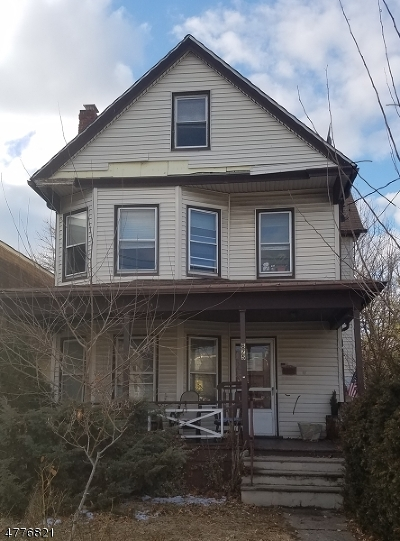 Nutley Twp. Single Family Home For Sale: 675 Passaic Ave