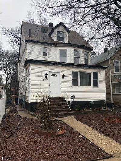 Roselle Boro Single Family Home For Sale: 135 W 3rd Ave