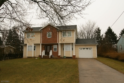 South Brunswick Twp. Single Family Home For Sale: 19 Griggs Dr