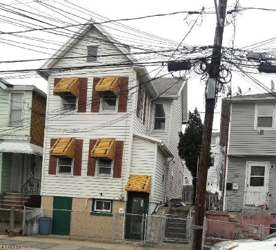 Kearny Town Single Family Home For Sale: 28 John St
