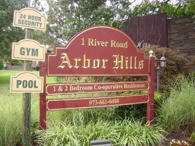 Nutley Twp. Condo/Townhouse For Sale: 1 River Rd #4E