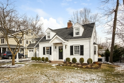 Chatham Twp. Single Family Home For Sale: 12 Yarmouth Rd