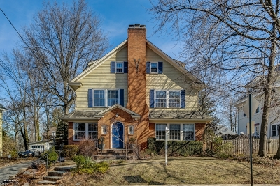 Maplewood Twp. Single Family Home For Sale: 37 Sommer Ave