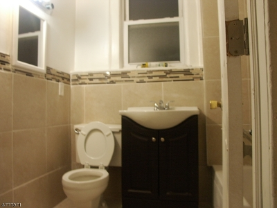 Newark City NJ Rental For Rent: $1,400