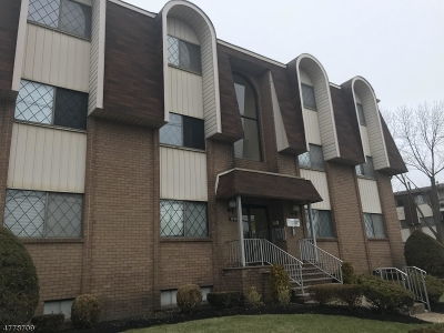 Linden City Condo/Townhouse For Sale: 1190 W St George Ave #A33