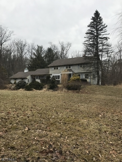 Chester Twp. Single Family Home For Sale: 7 Laurel Ln