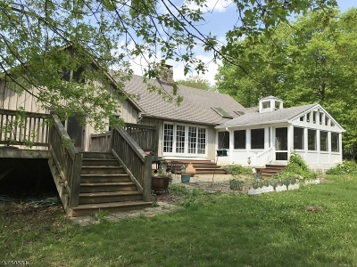Glen Gardner Boro, Hampton Boro, Lebanon Twp. Single Family Home For Sale: 79 Bull Run Lane