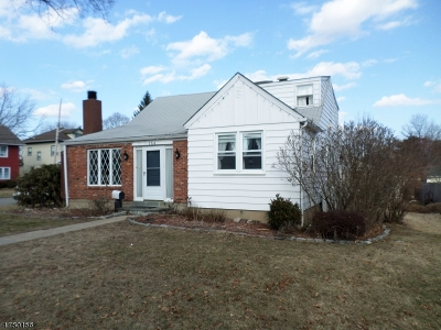 Boonton Town Single Family Home For Sale: 154 Kenmore Rd