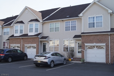 Somerset County, Morris County Condo/Townhouse For Sale: 10 Gallop Ln