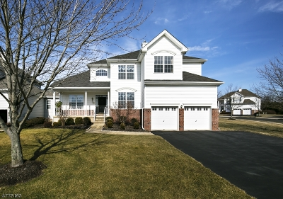 Raritan Twp. Single Family Home For Sale: 32 Stirrup Ln