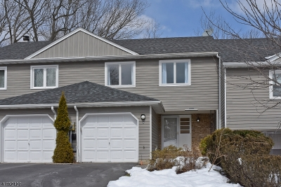 Parsippany-Troy Hills Twp. Condo/Townhouse For Sale: 4 Stockton Ct