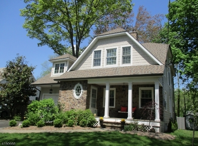 New Providence Boro Single Family Home For Sale: 59 Holmes Oval