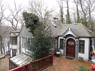Montville Twp. Single Family Home For Sale: 12 Stony Brook Rd