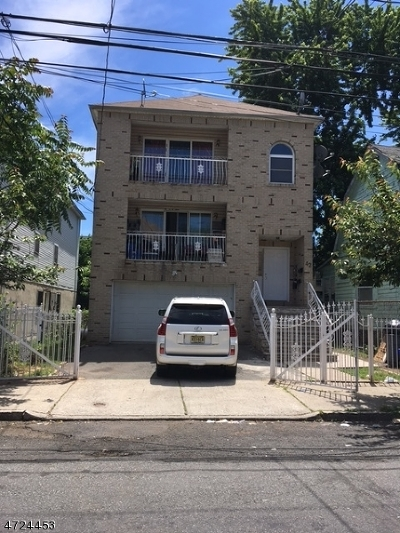 Newark City NJ Multi Family Home For Sale: $385,000