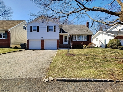 Union Twp. Single Family Home For Sale: 22 Lancaster Rd