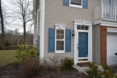 Montville Twp. Condo/Townhouse For Sale: 57 Washington Ct