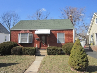 Paterson City Single Family Home For Sale: 379 Chamberlain Ave