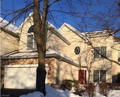 Bernards Twp. Condo/Townhouse For Sale: 29 Princeton Ct