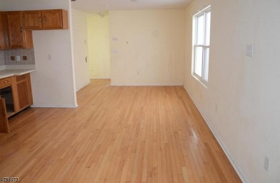 Perth Amboy City Single Family Home For Sale: 395 Division St