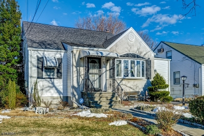 Union Twp. Single Family Home For Sale: 567 Andress Ter
