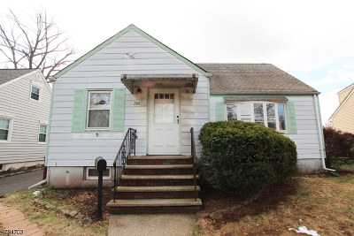 RAHWAY Single Family Home For Sale: 280 Plainfield Ave