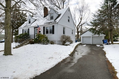 WOODBRIDGE Single Family Home For Sale: 143 Florence Ave