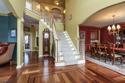 Union Twp. Single Family Home For Sale: 3 Fox Chase Turn