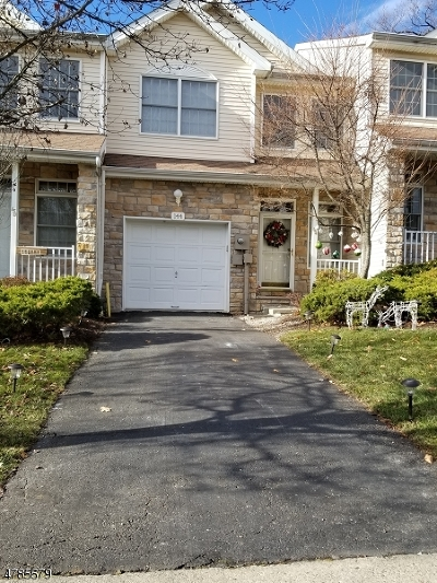 Parsippany-Troy Hills Twp. Condo/Townhouse For Sale: 144 Emily Pl